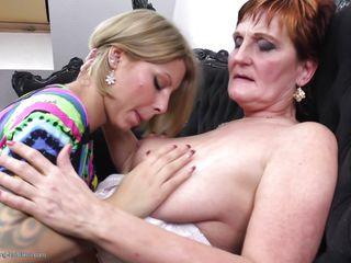 Порно видео измена пожилых женщин
