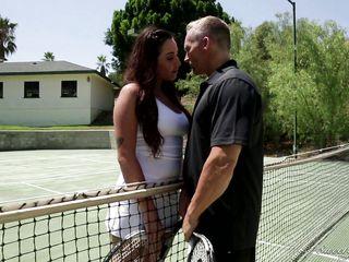 Порно спортивных мамочек