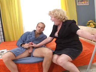 Порно Клубничка Порно Бабушки